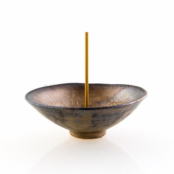 Japanischer Räucherstäbchenhalter Umi (Ozean), gold-metallic